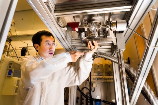 Förnybart bränsle kan bildas av koldioxid med hjälp av solenergi