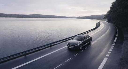 Nu gäller 180 km/h för alla nya Volvo-bilar